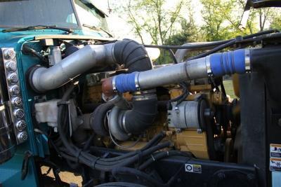 2004 Peterbilt 379 EXHD C16 600HP