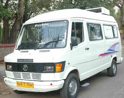 Hire Tempo Traveller in Delhi, NCR