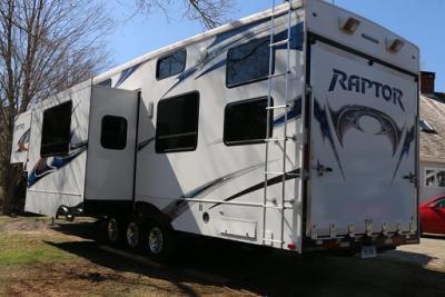 2010 KEYSTONE RAPTOR 361LEV - $5000
