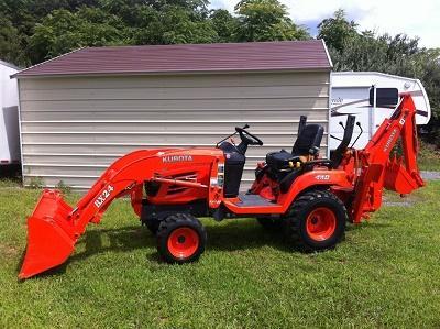 2oo7 Kubota tractor loader backhoe