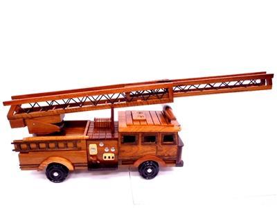 Wooden Model Firetrucks Gifts!