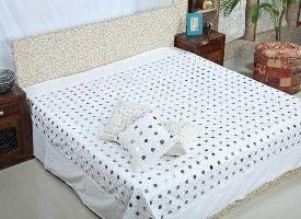 Buy Trendy Wholesale Home Decor Products at Best Prices!