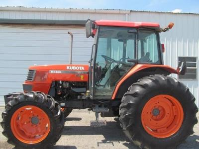 2005 Kubota M8200 Diesel Farm Tractor- $4500