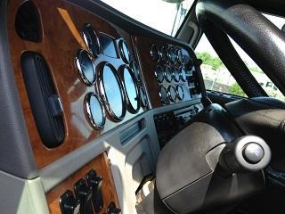 2007 Peterbilt 379 tandem sleeper tractor Cat 550hp 18-spd w/286k original miles