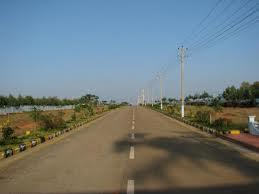 Plots near airport hyderabad in Gated Comunity just with   Rs: 345000/-only call:9030521548