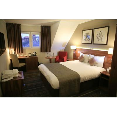 Looking for Luxury hotels in North London