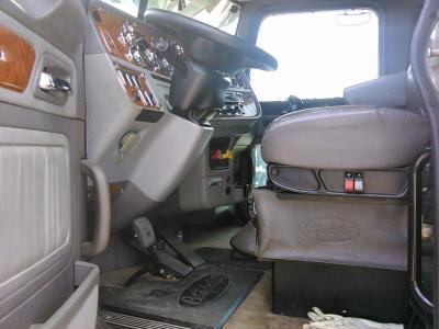 2006 Peterbilt 379XH 550 CAT