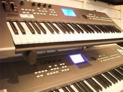 For Sale New Yamaha Motif XS8 88-Key Keyboard.