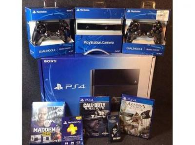 new Sony PS4 500gb console $200 with 4 free game