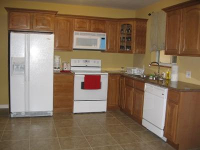 Furnished Home 2 BR. Kitchen, Parking, WI FI, Cable TV - April 6