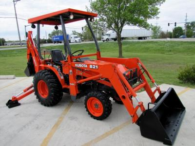 2003 Kubota B21 Loader Backhoe 4WD