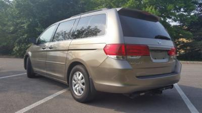2009 Honda Odyssey EX-L - $4000