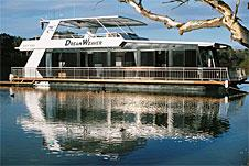Hire Luxury Houseboat on the Murray River in South Australia
