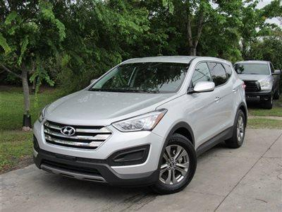 Urgently for sale 2014 Hyundai Santa Fe Sport for $14,000USD