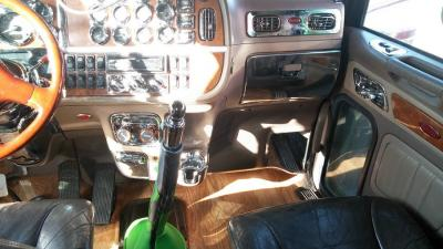 2007 Peterbilt 379 Classic 625 HP