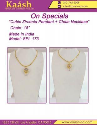 On Special Ojitos Necklace