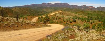 Popular 4WD Tours: Pindan Tours and 4WD Training