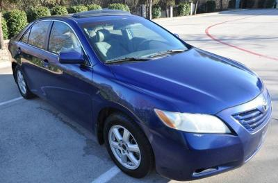 2006 Toyota Camry LE for a give away price