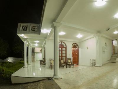 Sri Lanka hotels   Kandy Leisure