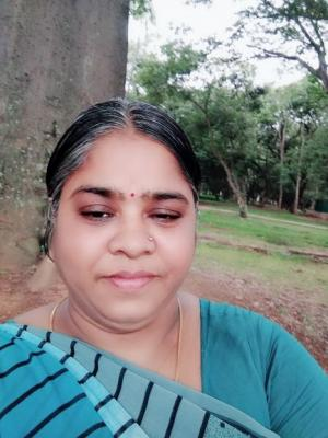 Indian housemaid WITH 4 YEARS EXPERIENCE IS AVAILA