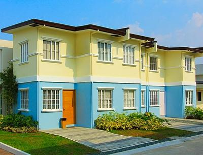 3 bedroom house for sale near highway with malls